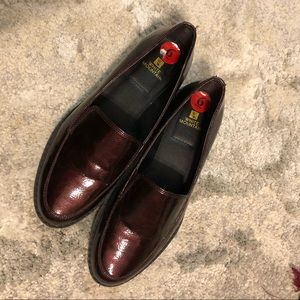 white mountain burgundy loafers
